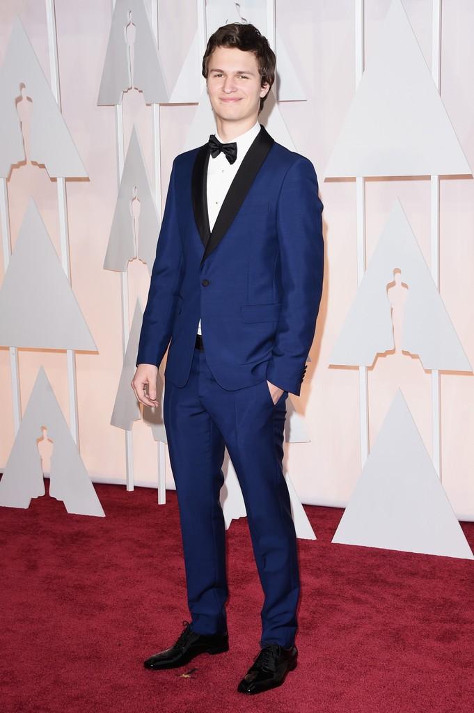 Ansel-Elgort-2015-Oscars