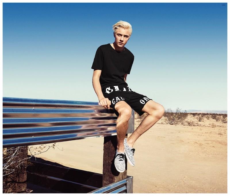 HM-Coachella-2015-Mens-Collection-Campaign-Lucky-Blue-Smith-001-800x680