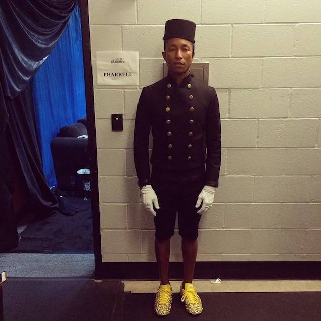Pharrell-Chanel-jacket-Grammy (1)