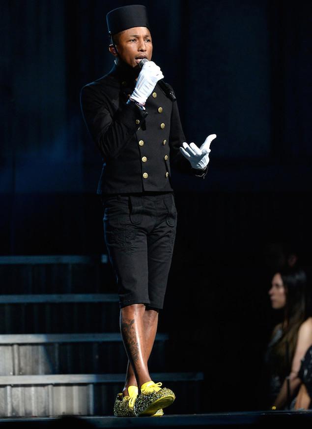 Pharrell-Chanel-jacket-Grammy-3