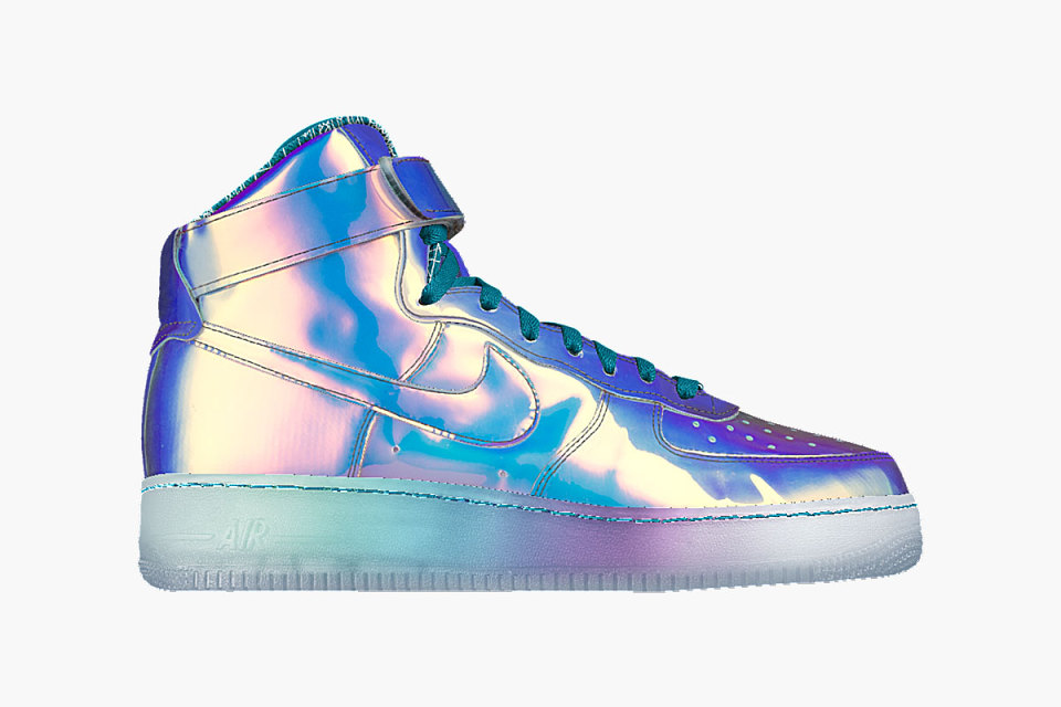 nikeid-iridescent-nike-air-force-1-1-960x640