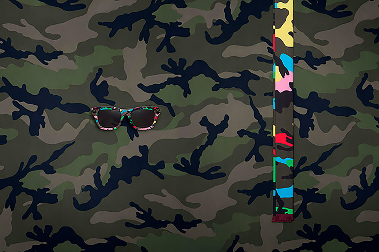 valentino-2015-spring-summer-camupsychedelic-capsule-10