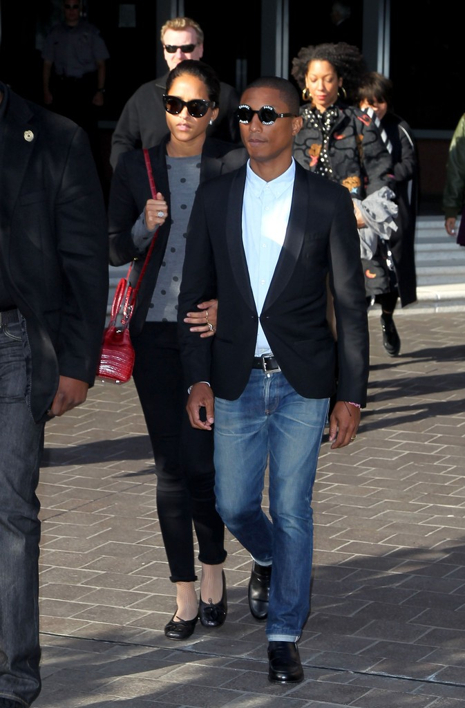 Pharrell-March-2015-Court-Outfit