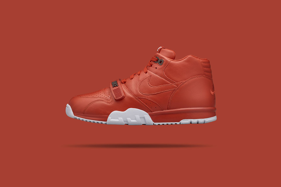 fragment-design-nike-air-trainer-1-mid-2-960x640