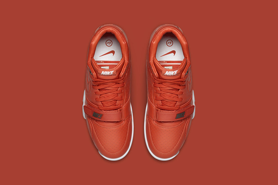 fragment-design-nike-air-trainer-1-mid-4-960x640