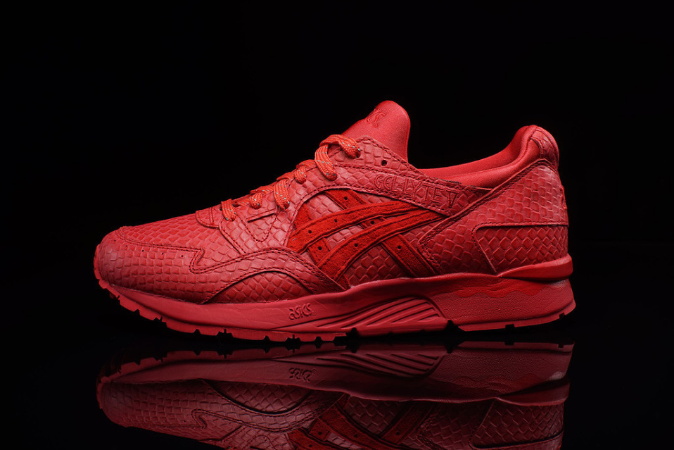asics-gel-lyte-v-red-mamba-2-958x640