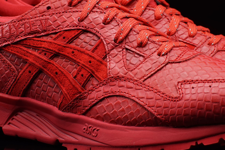 asics-gel-lyte-v-red-mamba-3-958x640