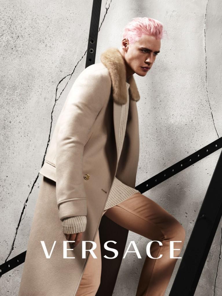 versace-fw-2015-menswear-campaign-002