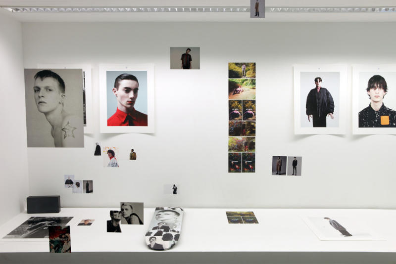 willy-vanderperre-raf-simons-exhibition-at-032c-workshop-10_ns7cvz