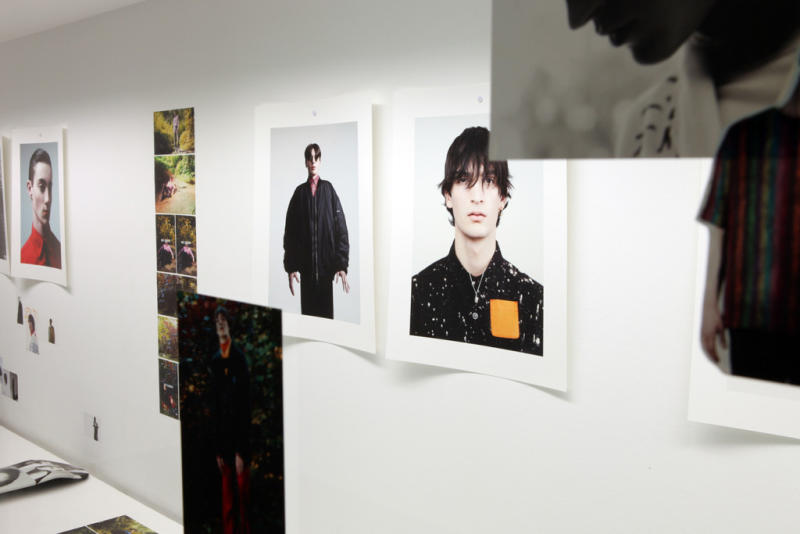 willy-vanderperre-raf-simons-exhibition-at-032c-workshop-5_ns7cxi