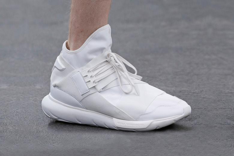 y-3-2016-spring-summer-footwear-collection-01