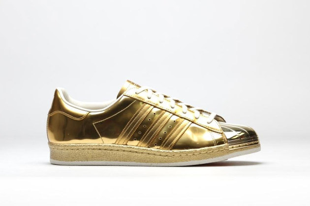 adidas-superstar-80s-metallic-gold-2-630x420