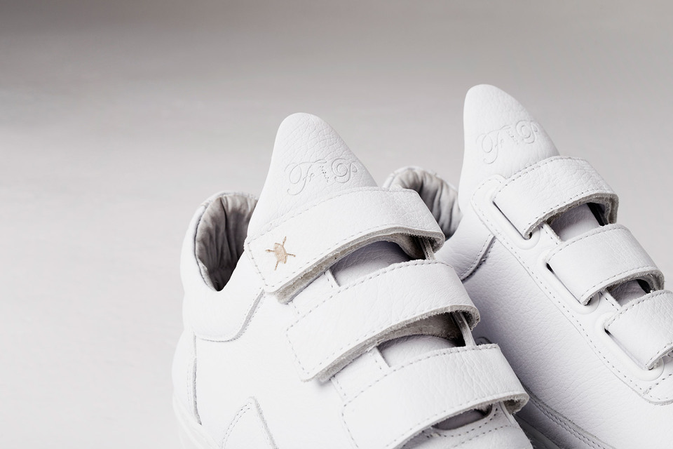 filling-pieces-daily-paper-all-white-low-top-velcro-sneakers-02-960x640