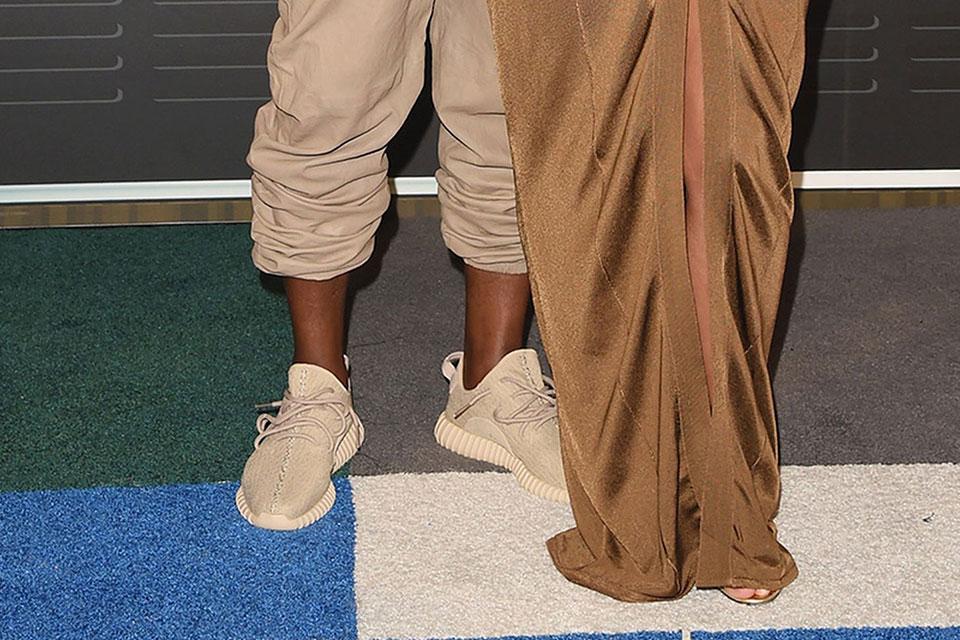 kanye-west-beige-adidas-yeezy-boost-350-1