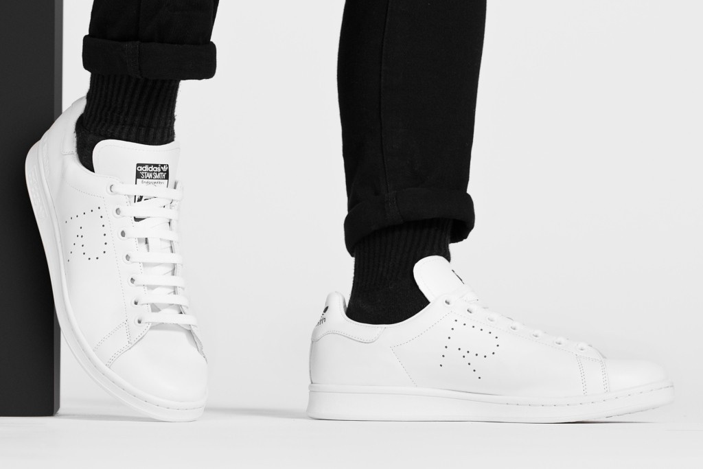 raf-simons-x-adidas-originals-stan-smith-2015-fall-winter-collection-02