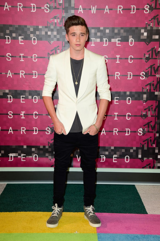 vmas_red-carpet_brooklyn-beckham