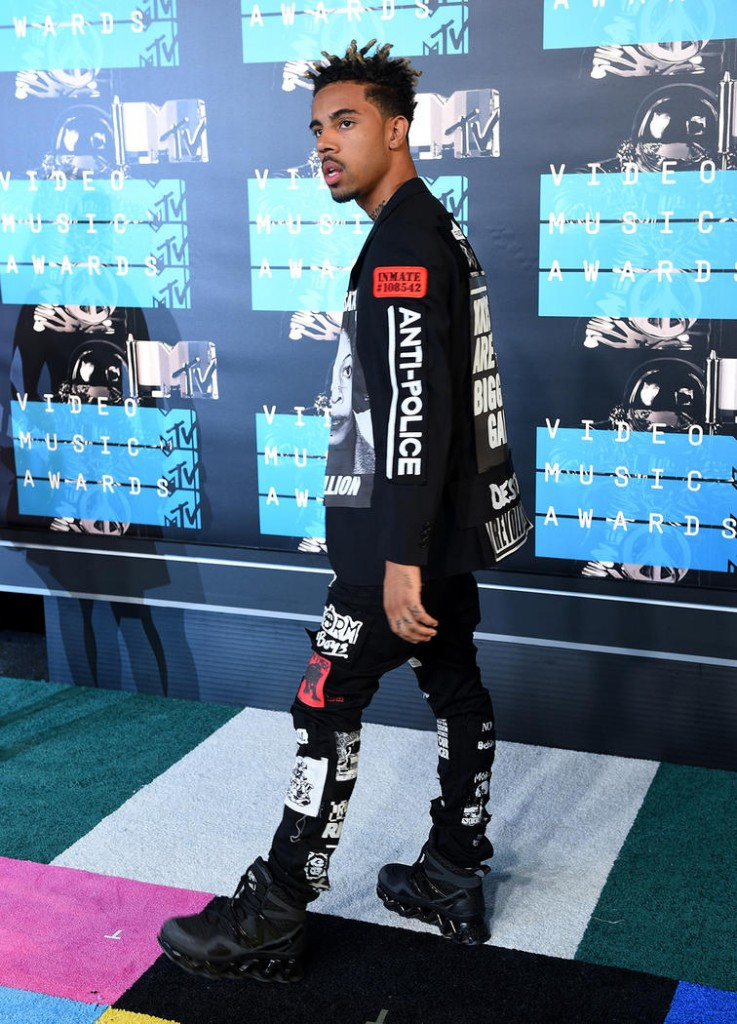 vmas_red-carpet_vic-mensa