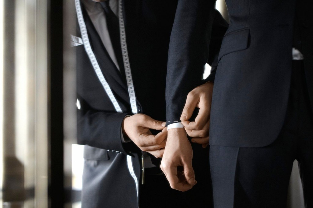 1_getting-a-suit-tailored