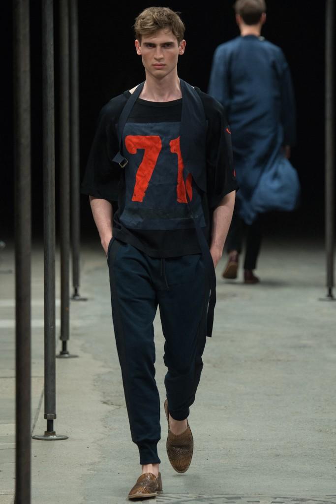 Dries-Van-Noten-numbered-shirt
