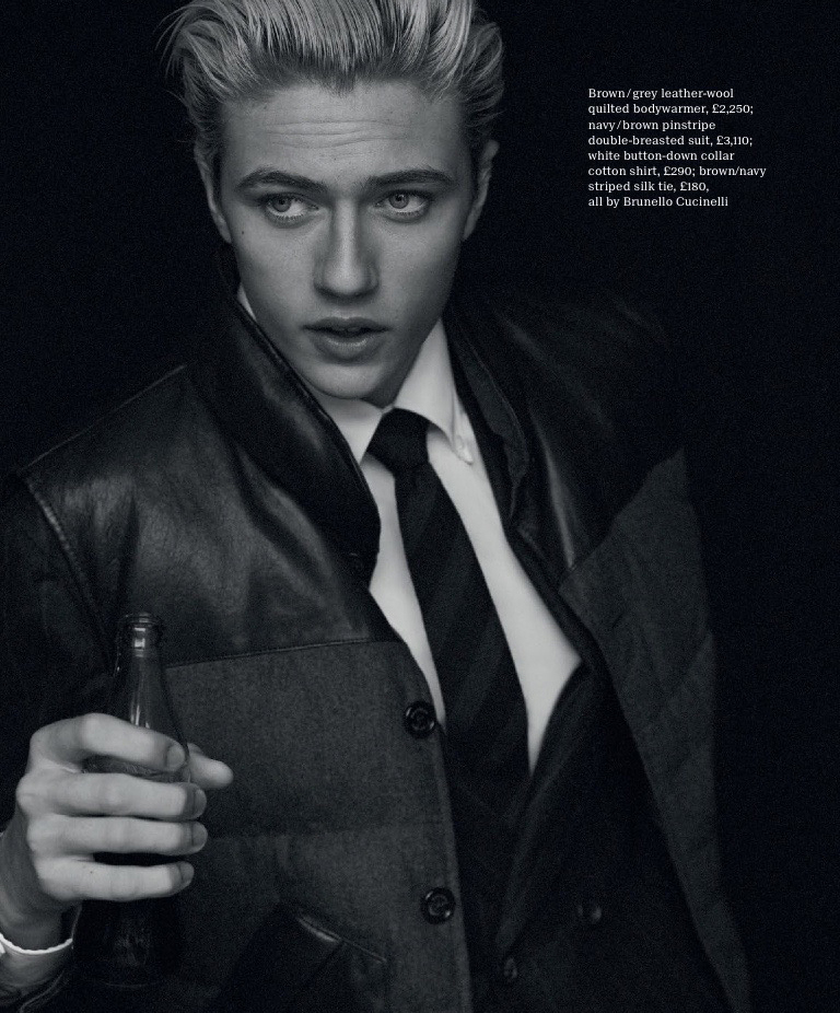 Lucky-Blue-Smith-2015-Editorial-Esquire-Big-Black-Book-009
