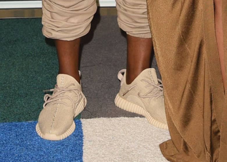 adidas-yeezy-350-boost-beige-mtv-vmas