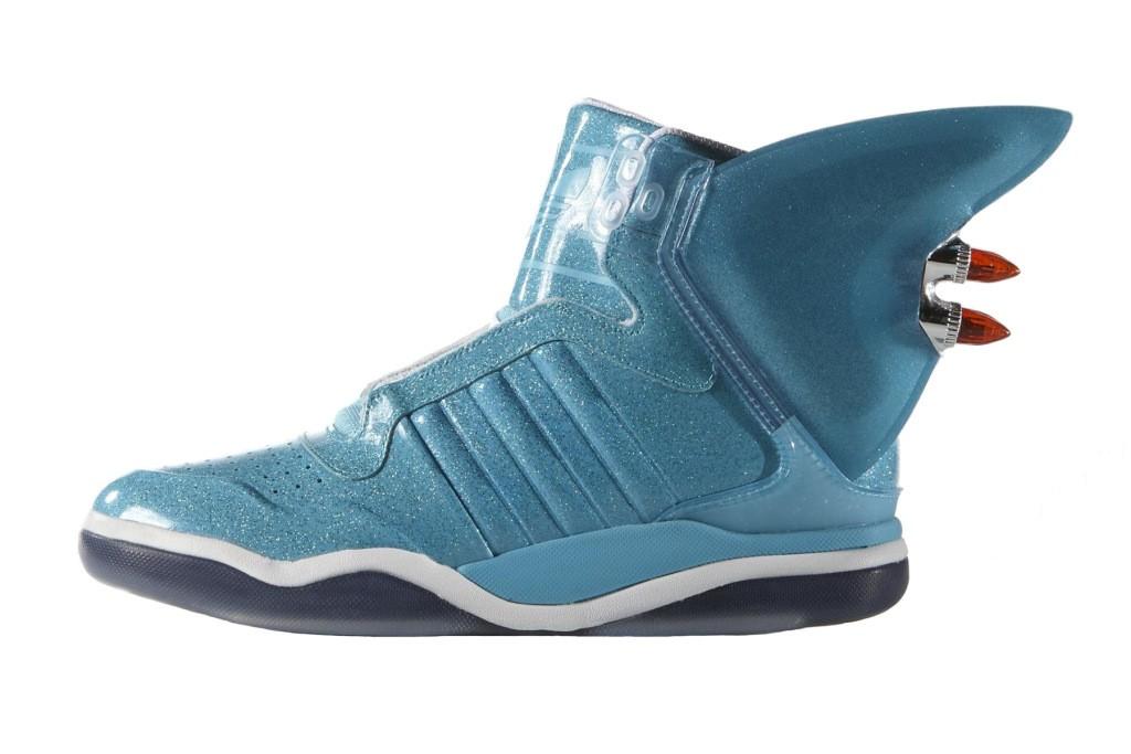 jeremy-scott-x-adidas-originals-shark-001