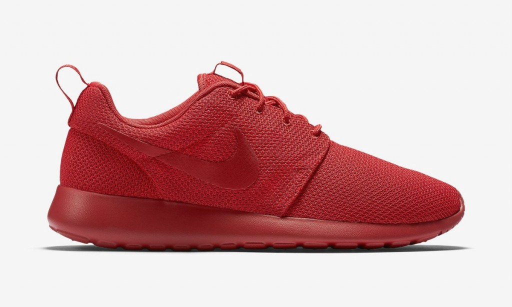 nike-roshe-one-varsity-red-3-1200x720