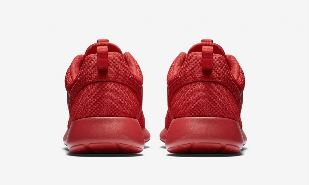 nike-roshe-one-varsity-red-5-1200x720
