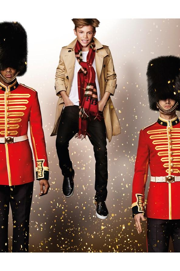 Romeo-Beckham-Burberry-Campaign-Vogue-30Oct15-Mario-Testino_b_592x888