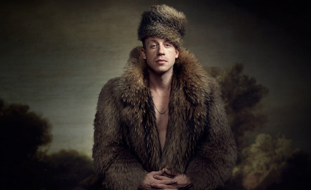 macklemore-fur-coat-wallpaper-4