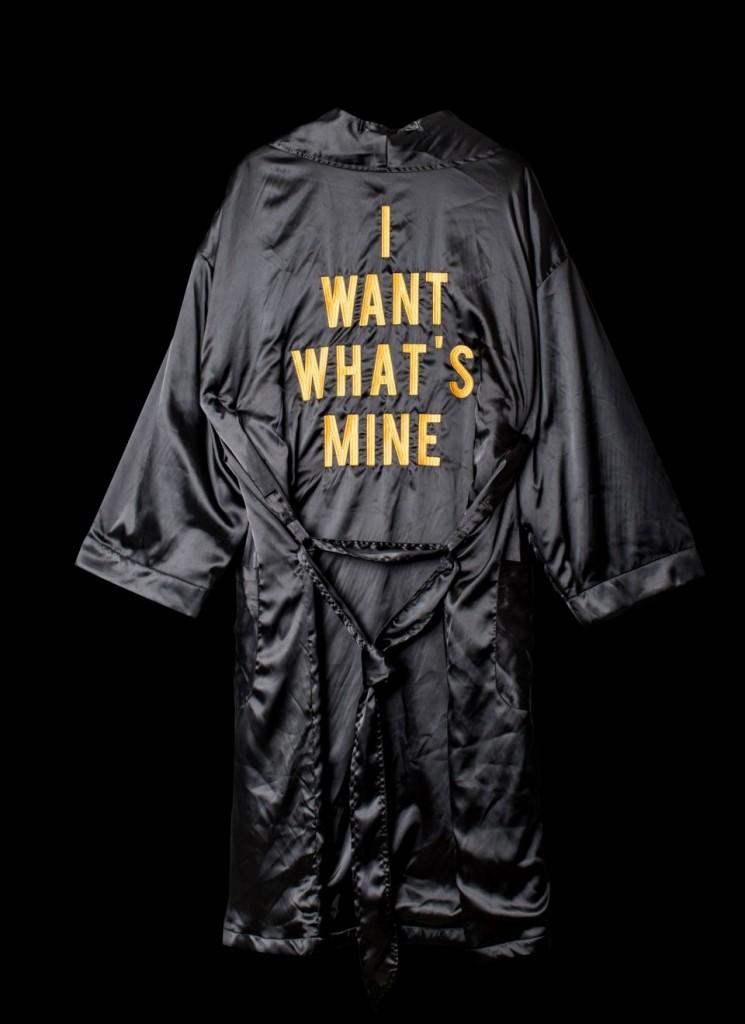 robe-back