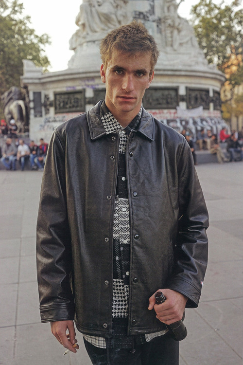 supreme-2015-fall-winter-editorial-by-grind-magazine-6