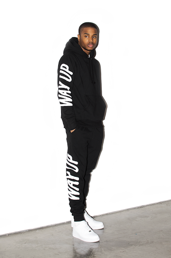 HOLIDAY 2015 LOOKBOOK-011