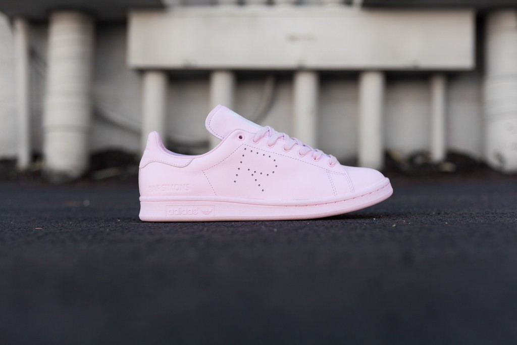 Raf_Simons_Stan_Smith_Pink-1_1024x10241