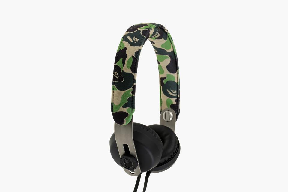 bape-eops-camo-headphones-04