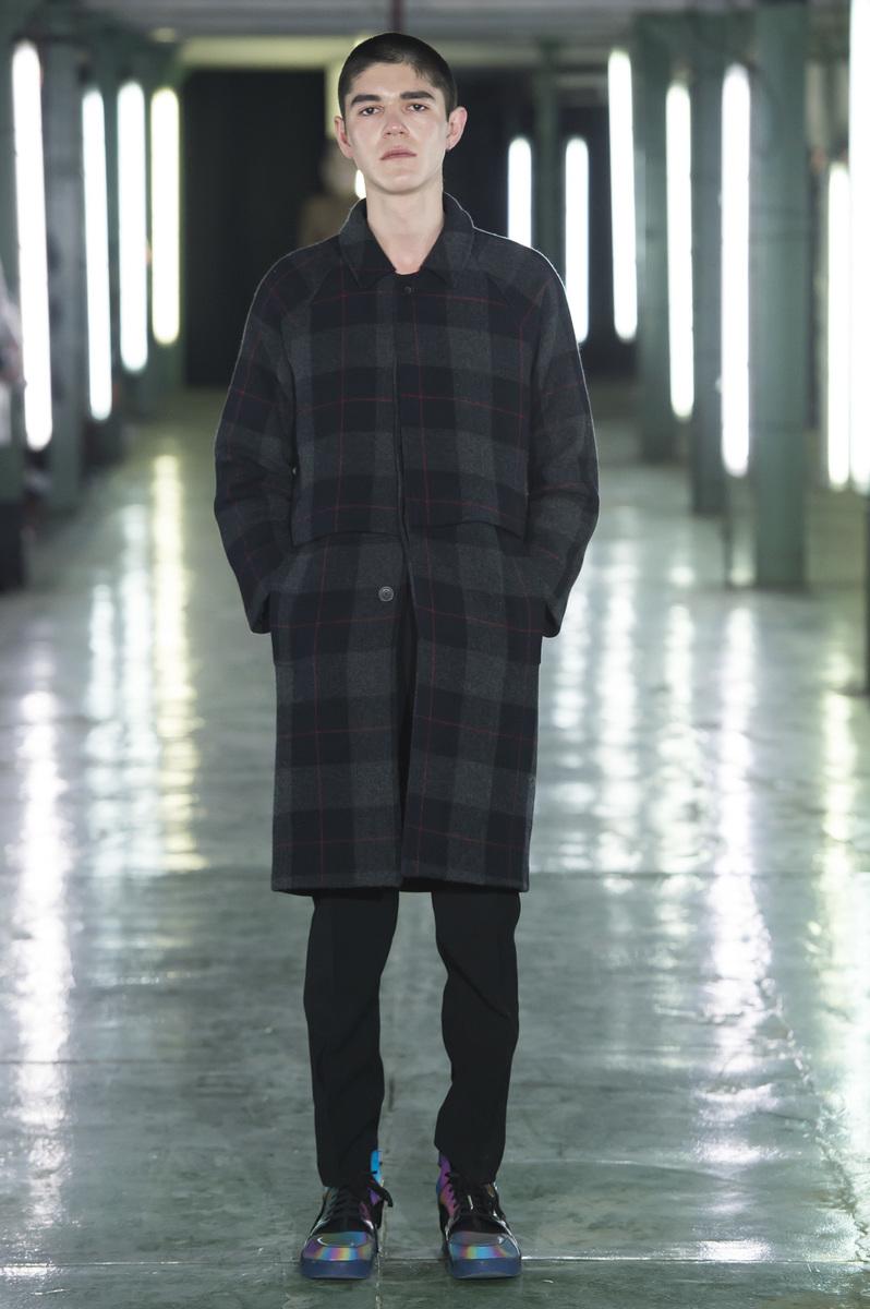 AVOC-Menswear-FW16-Paris-32-1453294615-bigthumb