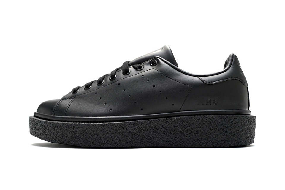 424-x-mr-completely-stan-smith-crepe-sole-sneakers-2
