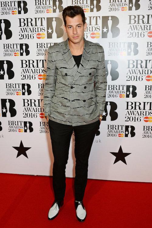 Mark-Ronson-red-carpet-2016-BRIT-awards-billboard-1000