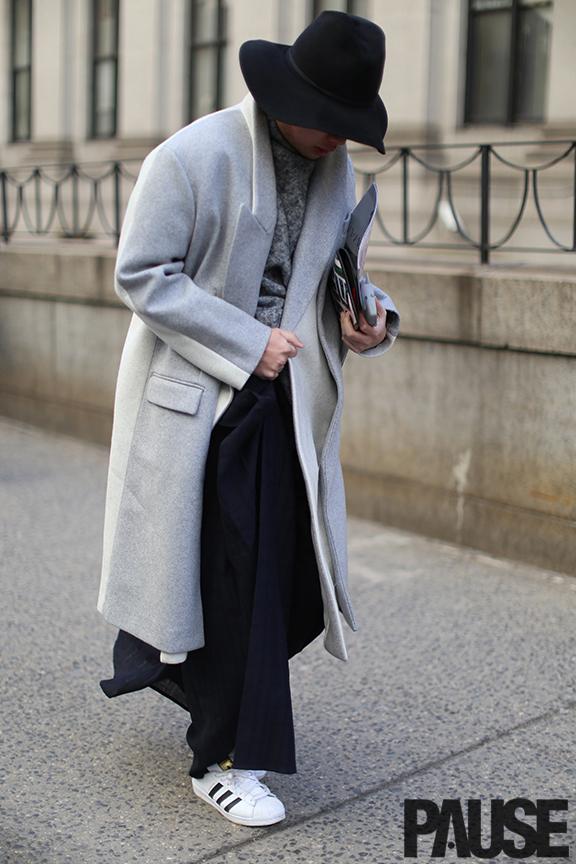 New York Fashion Week Feb 2016 Steet Style - Yeezy Season Show NYC (11)