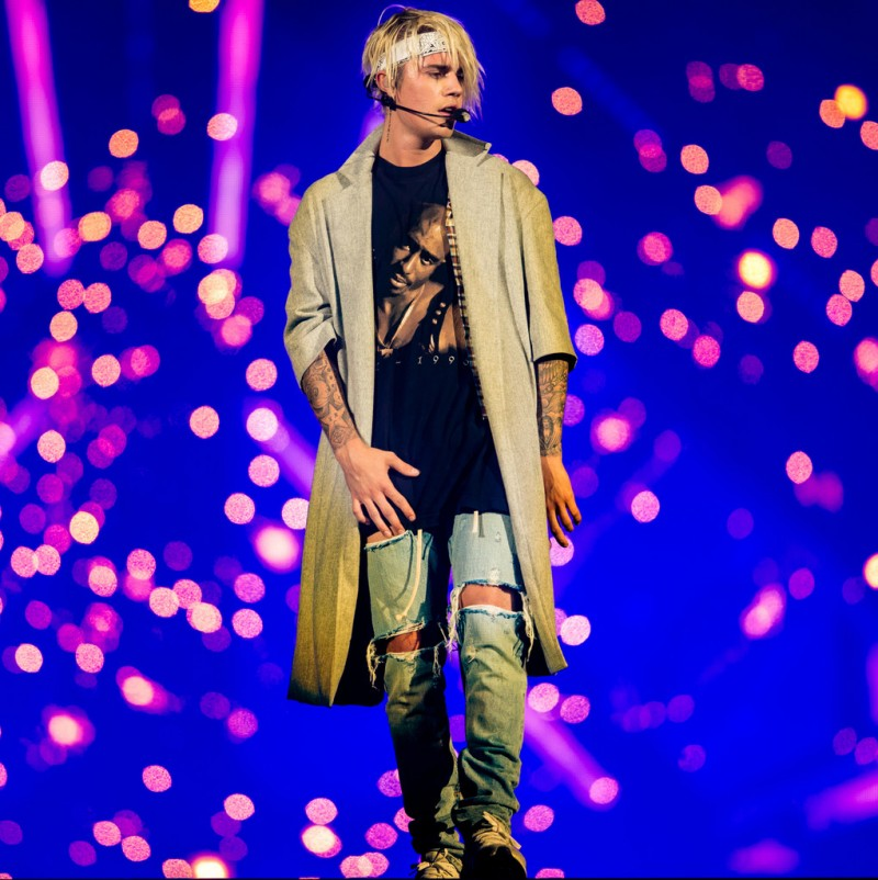 Justin-Bieber-2016-Style-Purpose-World-Tour-Los-Angeles-002-800x802