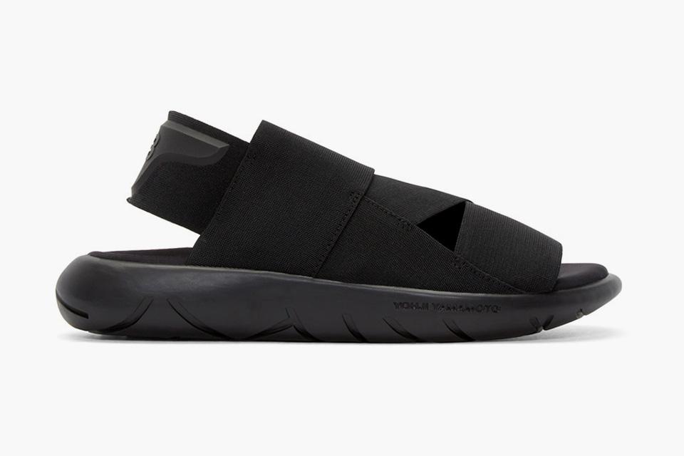 Y-3-Black-Qasa-Sandals-01