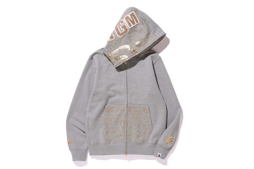 bape-23-anniversary-gold-collection-19
