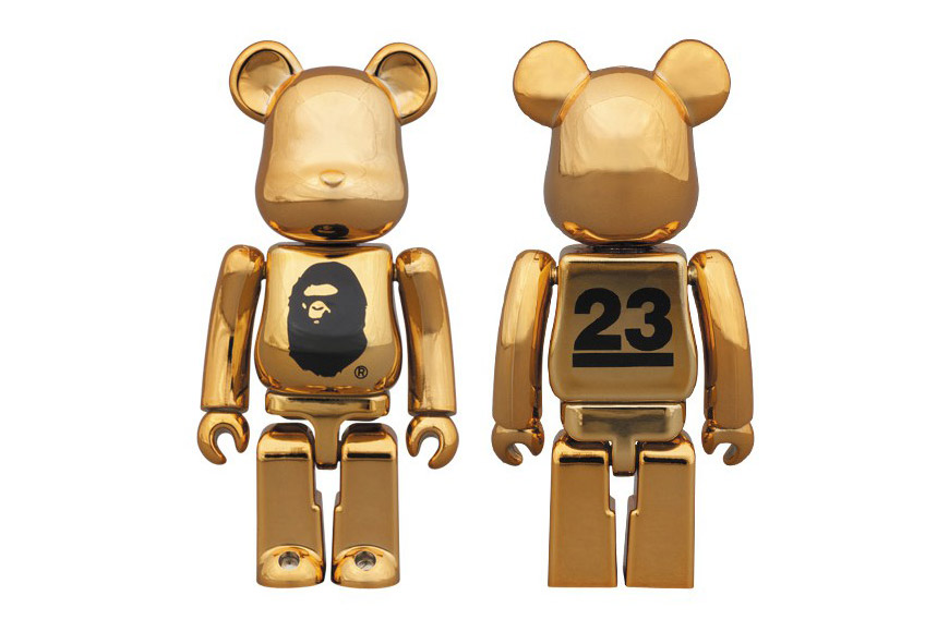 bape-medicom-toy-metallic-gold-bearbrick-01