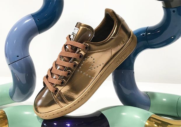 raf-simons-adidas-stan-smith-collaboration-spring-2016