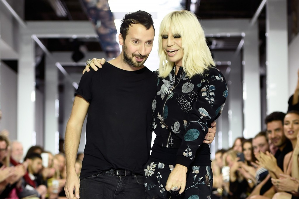 Anthony-Vaccarello-Donatella-Versace-Versus-SS16-Vogue-10March16-Getty_b