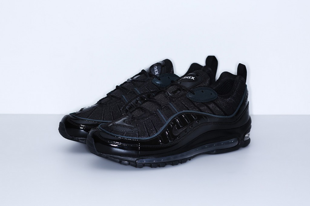 supreme-nike-air-max-98-official-images-11