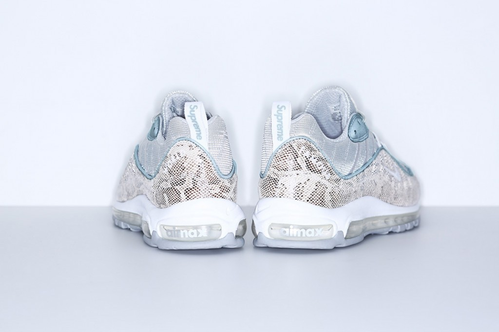 supreme-nike-air-max-98-official-images-4