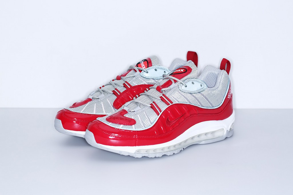 supreme-nike-air-max-98-official-images-5