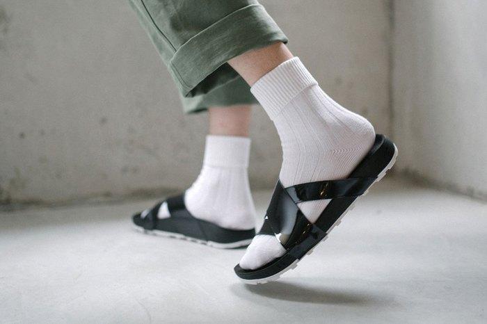 nikelab-taupo-slides-1