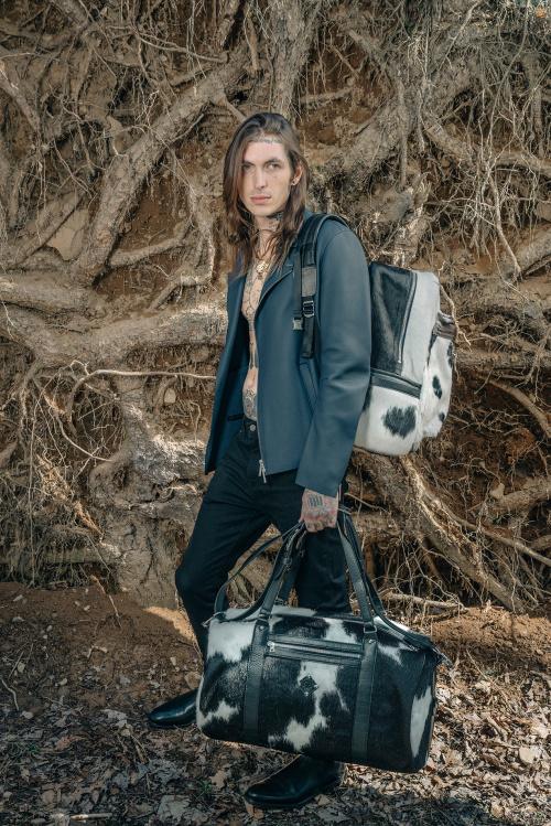 sr19990-2016-holiday-backpacks-3